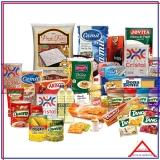 cesta com produtos básicos para doação Vila Mariana