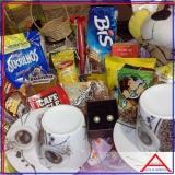 cesta de alimentos supermercado