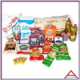 cesta com produtos básicos para doação