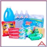 cesta básica com produto de limpeza